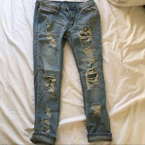 NWOT urban outfitters slim low rise boyfriend jean